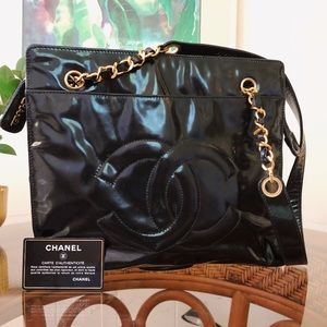 Chanel Classic Patent Leather Shoulder Chain Bag